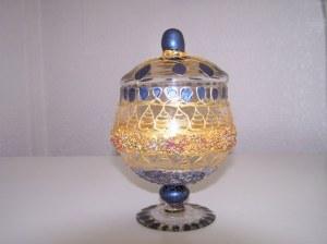 Bonbonnière en verre peint à la main