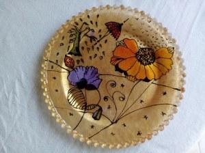 Assiette en verre fleur